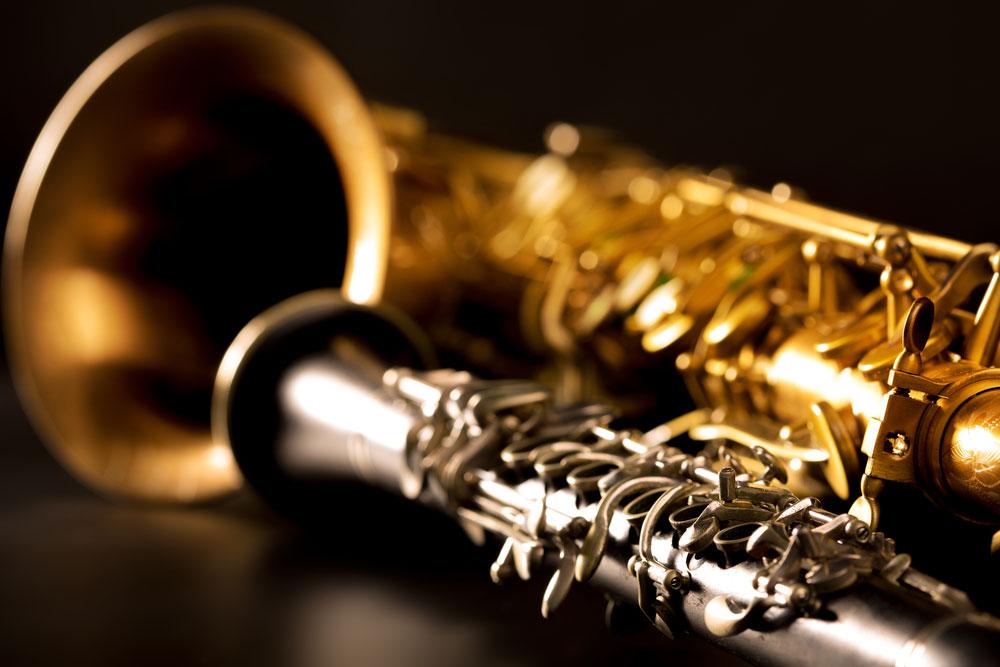 blog 1 ft img showing the concept of MHDG's Dr. Chapman Partners With Jazz Harpist Jeff Majors On Opioid Healing Concert